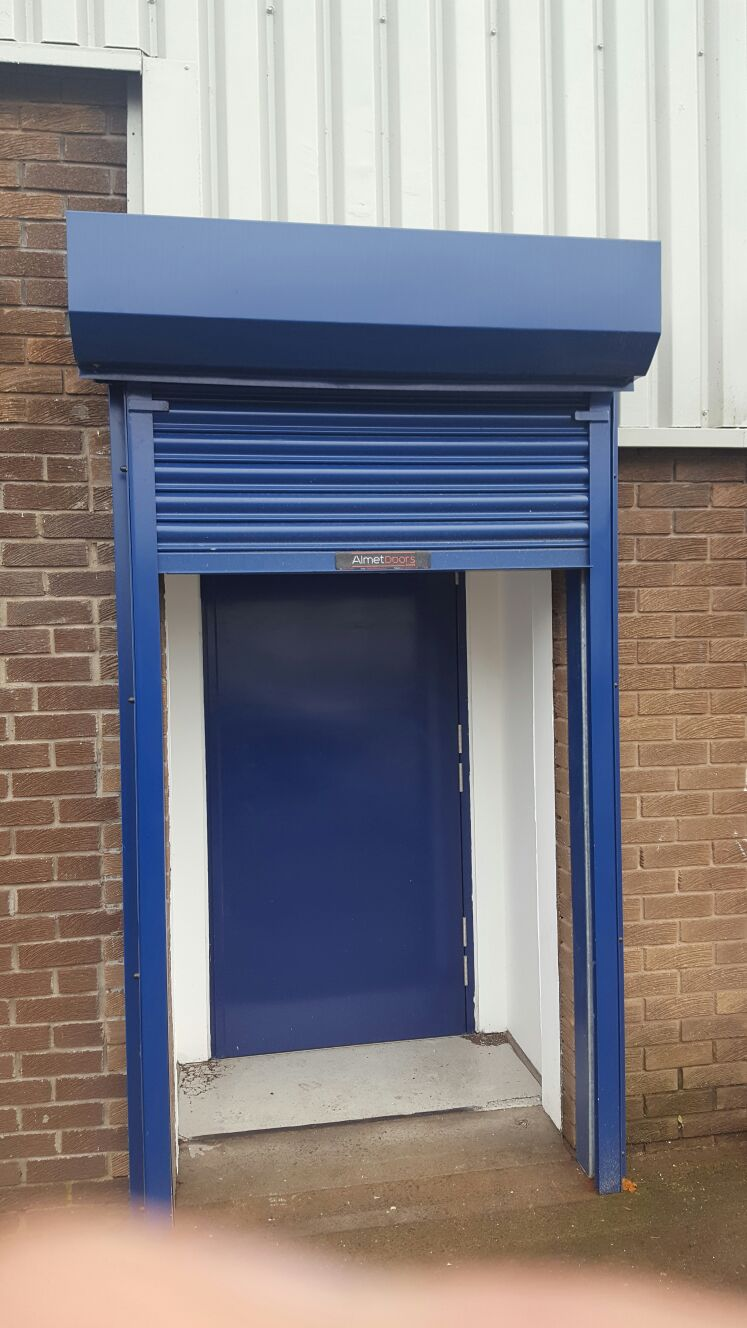 Roller Shutter Painting King Specialist Coatings Wall